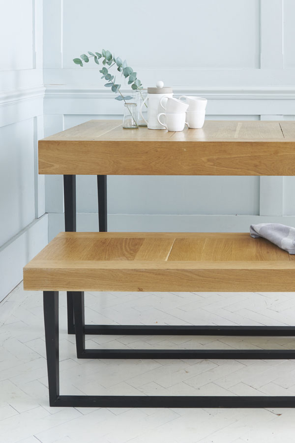 SB02-1 DINING TABLE